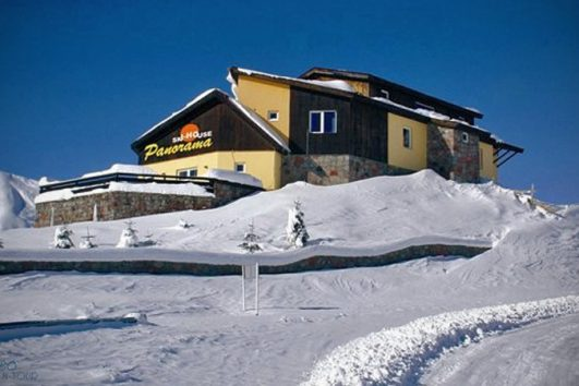 Hotel_in_Guduari_Panorama