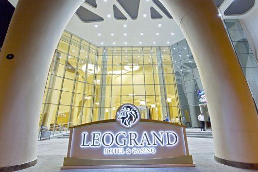 leogrand1-3