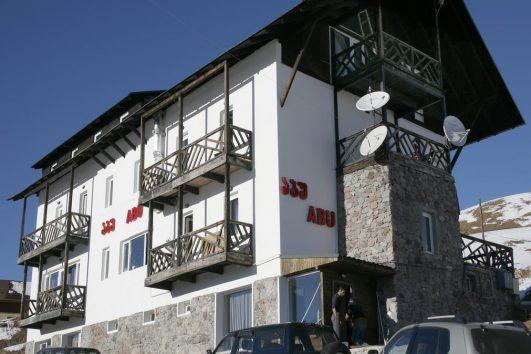 Abu Gudauri1